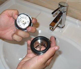 Montare baterie chiuveta in mobilier de baie ventil superior dop