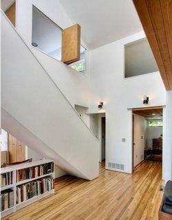 Despartire intre camere cu ajutorul obloanelor culisante din lemn