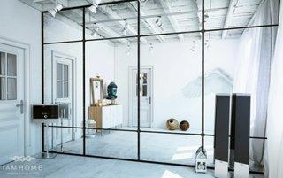 Dormitor cu perete din oglinda