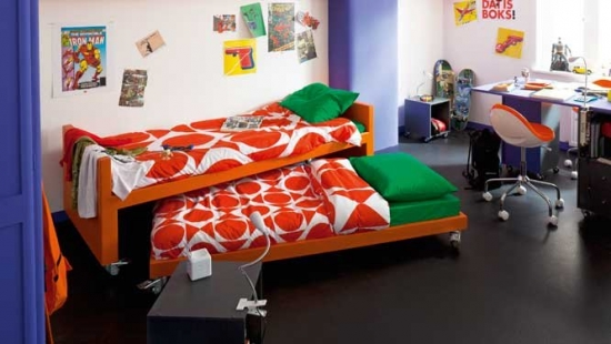 Paturi mici ce se suprapun mobilier pentru camera copiilor