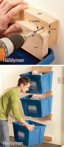 Suporturi cutii plastic perete