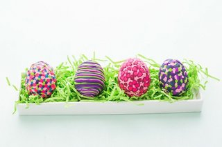 Idee ingenioasa pentru vopsirea oualelor de Paste