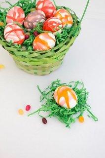 Idee interesanta pentru vopsirea oualelor