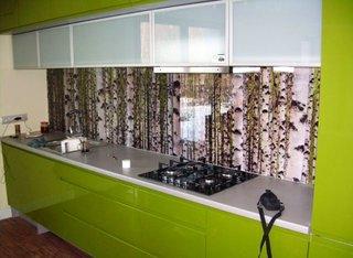 Panouri sticla colorata pentru bucatarie verde