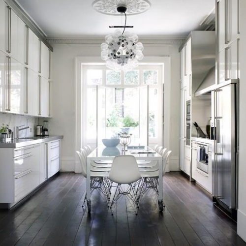 Care sunt cele mai bune tipuri de pardoseli pentru bucatarie + GALERIE FOTO