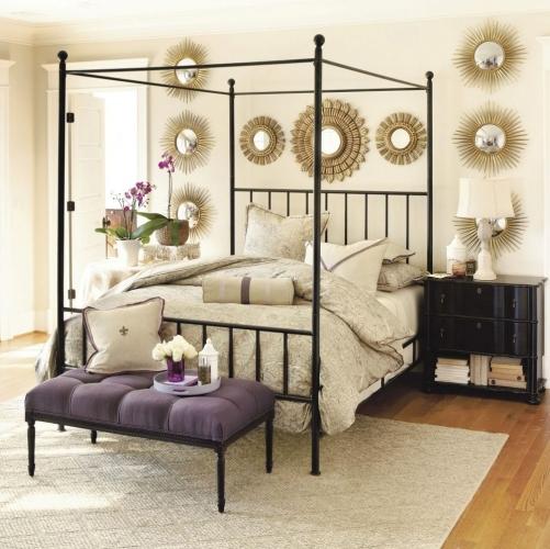 Model de pat cu baldachin confectionat din fier forjat