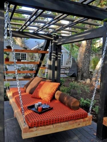 Pat relaxant pentru terasa amenajat in stil japonez