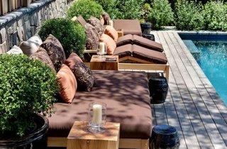 Perne decorative pentru decorul oricarei terase moderne