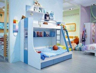 Idee amenajare loc de dormit copil pe 1 perete