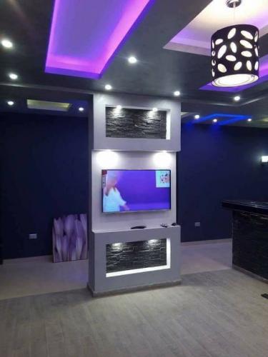 Amenajare perete cu televizor