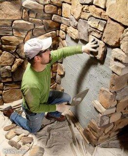 Montare piatra pe pereti