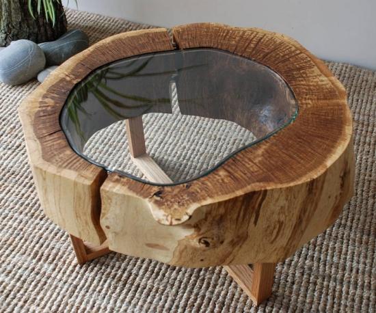 Model masa cafea din bustean si sticla