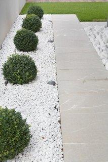 Decoratiune gradina moderna