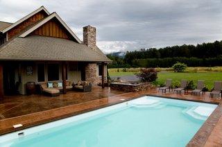 Beton for Amenajari piscine exterioare