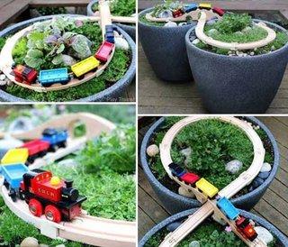 Circuit de piste pentru masinute  de jucarie confectionat in ghivece de flori