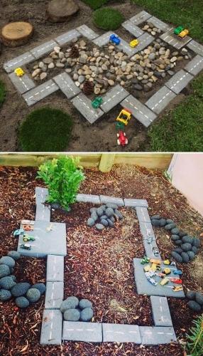 Pista pentru masini de jucarie construita in curte  din pavele