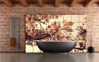 Baie cu perete de accent cu faianta imprimata cu flori