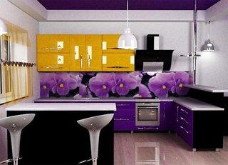 Panou decorativ cu flori violet