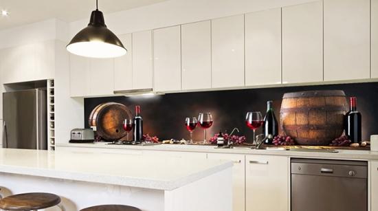 Panou decorativ printat cu sticle de vin