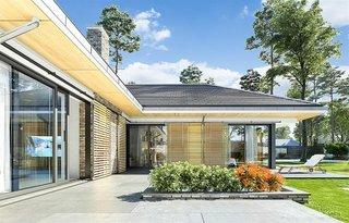 Casa cu geamuri mari