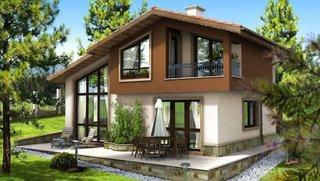 Casa cu mansarda si balcoane acoperite
