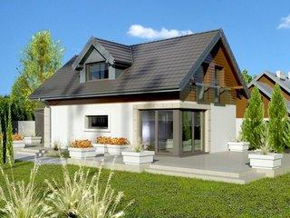 Model de casa mica cu mansarda si terasa in spate