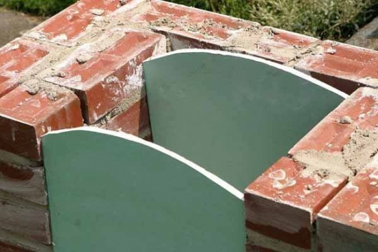 Construire gratar din caramida