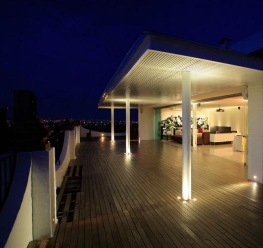 Sistem de iluminare a pardoselii de pe terasa