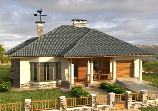Casa cu pod inalt si coloane pe fatada principala