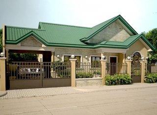2 Casa mica placata cu caramida alba