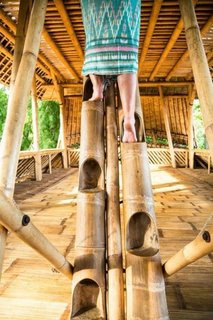 Scara ingenioasa din bambus