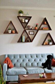 Etajere de perete in forma de triunghi