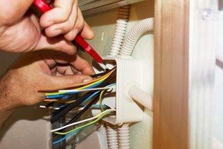 Refacere instalatie electrica casa sau apartament