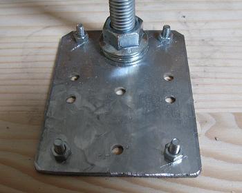 Fixare placa metalica la cricul faiantarului