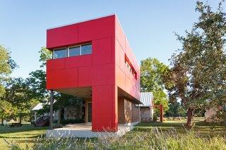 Proiect modern de casa ingusta parter plus etaj