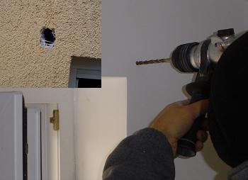 Gaurirea peretelui pentru montarea ruloului exterior