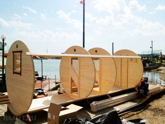 Construire sauna tip butoi din lemn