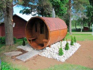 Sauna tip butoi din lemn