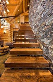 Model rustic scara cu trepte din lemn masiv autoportante