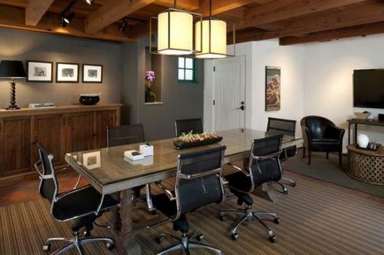 Scaune de birou moderne cu masa cu aspect antichizat rustica