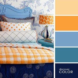 Tonuri de albastru si portocaliu pentru amenajare dormitor