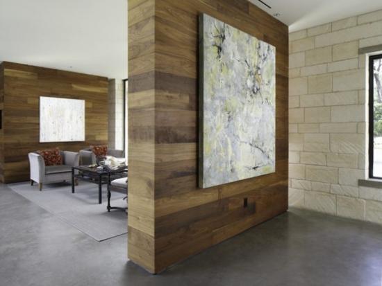 Partitie camera placata cu parchet din lemn