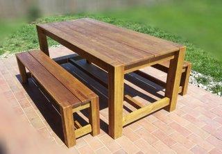 Set masa si bancute pentru terasa din lemn masiv finisaj natural