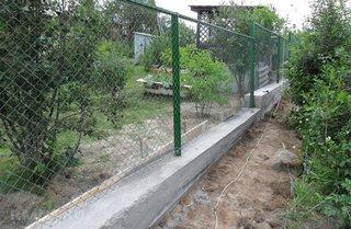 Gard cu fundatie anti cartita