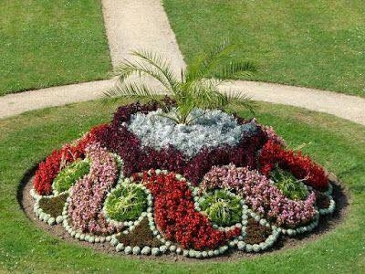 Aranjament peisagistic cu flori