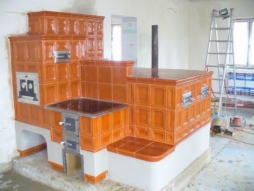 Soba cu loc de dormit sau lejanca moderna for Dedeman sobe teracota cu plita