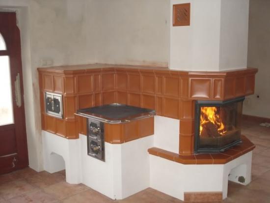 Soba teracota cu semineu si plita pentru gatit for Dedeman sobe teracota cu plita