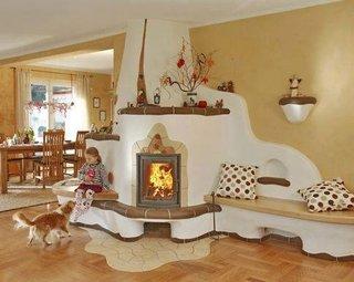 Soba de lut prelungita cu mobilier