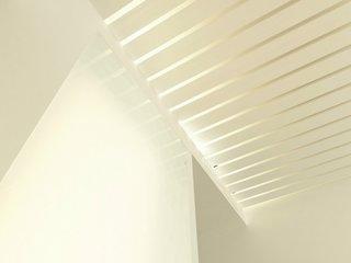 Panou decorativ alb pentru tavan