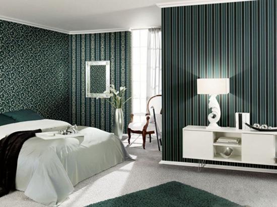 Tapet elegant in dormitor